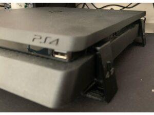 Picioare Stand PS4 scunde 10mm - 3D Print. Printeaza-ti proiectul 3d tau sau alege dintre proiectele special culese pentru tine.
