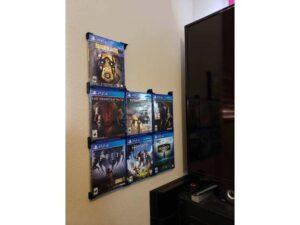 Suport montare perete jocuri PS4 PS5 COLT - 3D Print. Printeaza-ti proiectul 3d tau sau alege dintre proiectele special culese pentru tine.